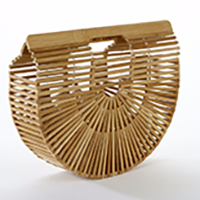 10 straw bags for this summer